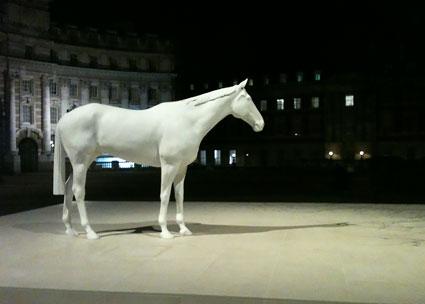 1200-British-Council--Mark-Wallinger's-White-Horse-032-tn