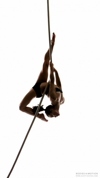 Scott Eaton's Bodies in Motion Photography Project - female aerial rope performer